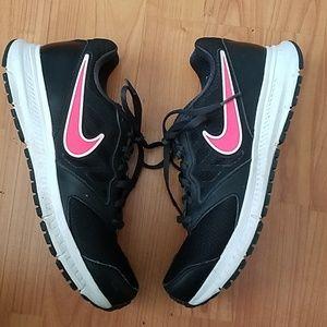 Nike downshifter hot pink & black tennis shoes